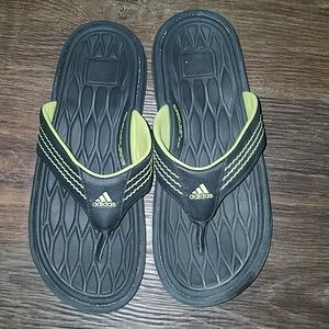 Adidas Black lime green flip flop sandals size 5